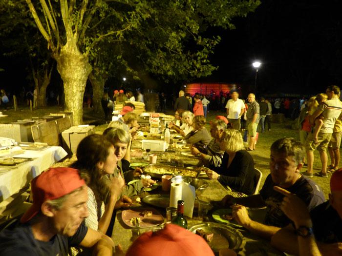 Vous regardez une image de l'article: Ce 14 août 2018, gastronomie et pyrotechnie