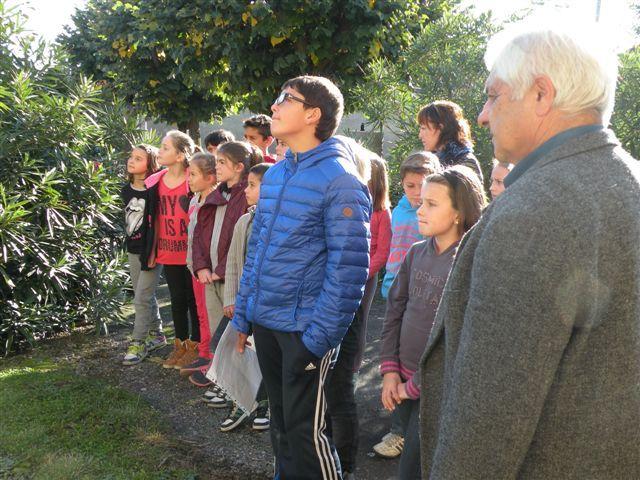 Vous regardez une image de l'article: Commémoration au monument aux morts de Hères