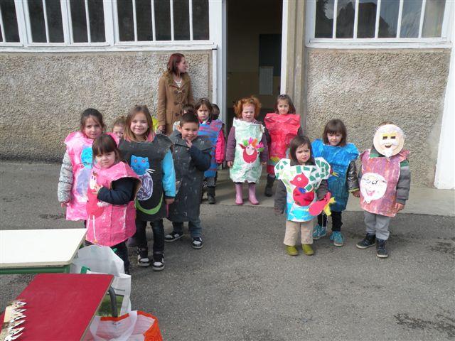 Vous regardez une image de l'article: Carnaval des écoles 2015